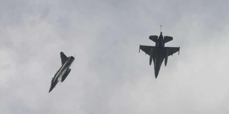 Μαζικές παραβιάσεις από Tουρκικά F-16 στα Δωδεκάνησα – Μεγάλη ανησυχία στους κατοίκους