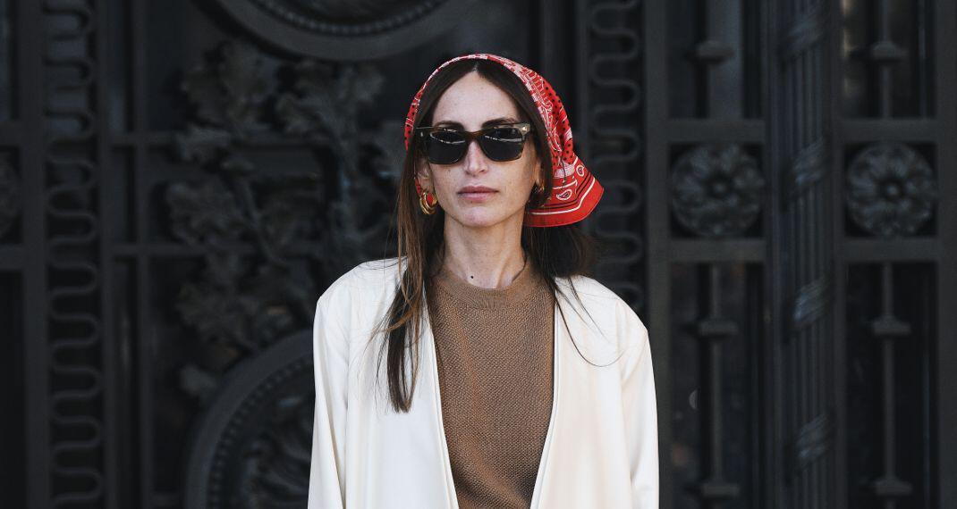 Αυτό το οικονομικό αξεσουάρ κάνει κάθε look πιο fashion με μία κίνηση
